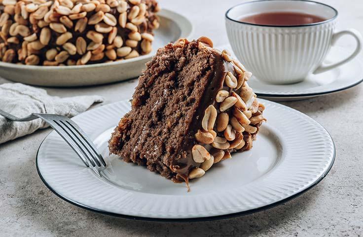 chocolate-cake-decorating-ideas-nutty-chocolate-cake